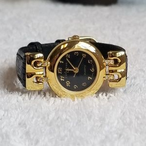 Elegant Black and Gold Watch by L.A. Express